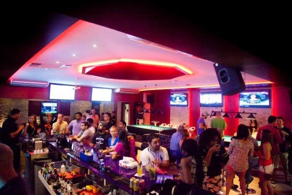 bar-and-lounge-021