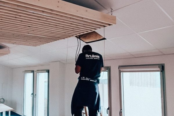 Installation de bandeau LED